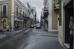 Alexis_Masino_UPenn_Tony_Ward_Old_San_Juan_Puerto_Rico_spring_break_vacation_photo_photography_island_street_shops_stores_tourists_tourism_vendor_man