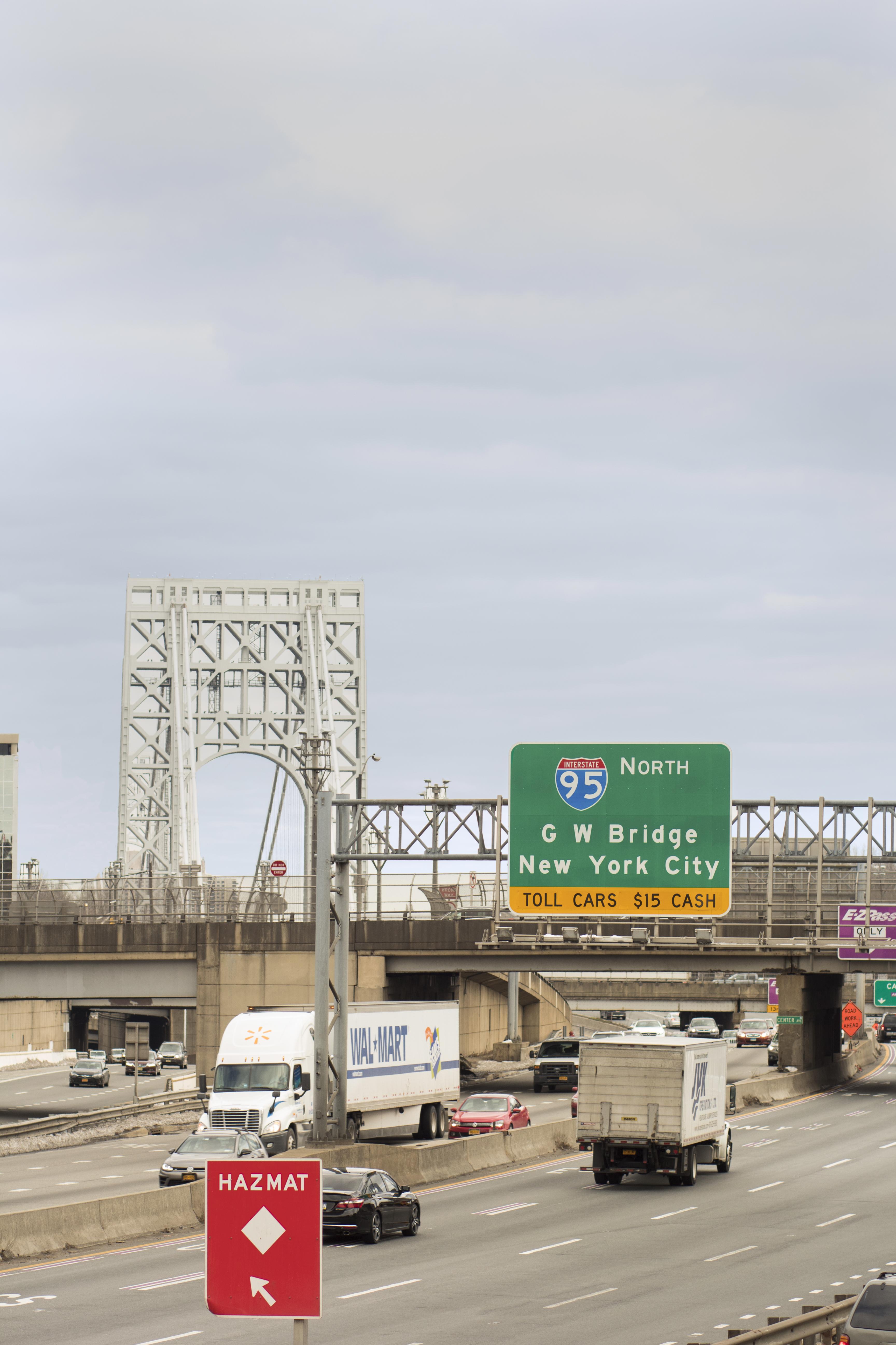 Eileen_Ko_Travel_George_Washington_Bridge_New_York_City_Cars_Trucks
