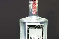 Fangyi_Fan_vodka_white_bottle_reflection_still_object