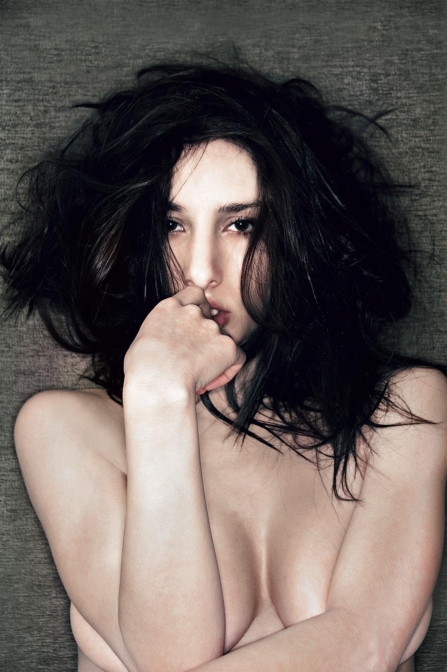 Tony_Ward_Studio_fashion_photography_Model_isabella_Reneaux_nudes_nudity_erotica_fashion_lingerie_unshaven_portrait_topless