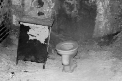Jesse_Halpern_Eastern_State_Penitentiary_Cell_Toilet_Drawer