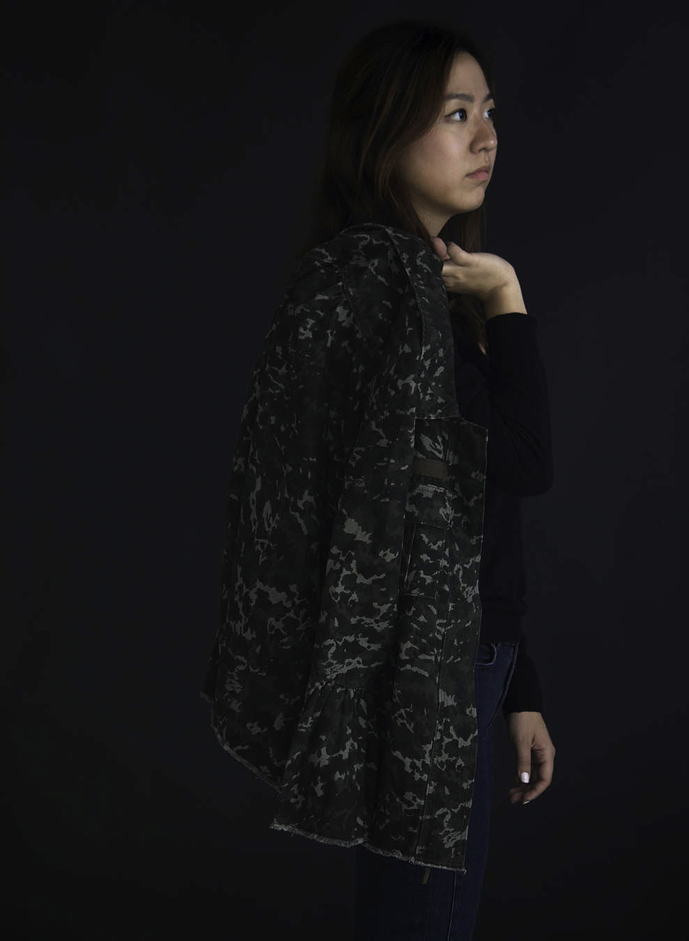 Joy_Lewis_fashion_photo_JACKETS_CAMO_OVER_SHOULDER