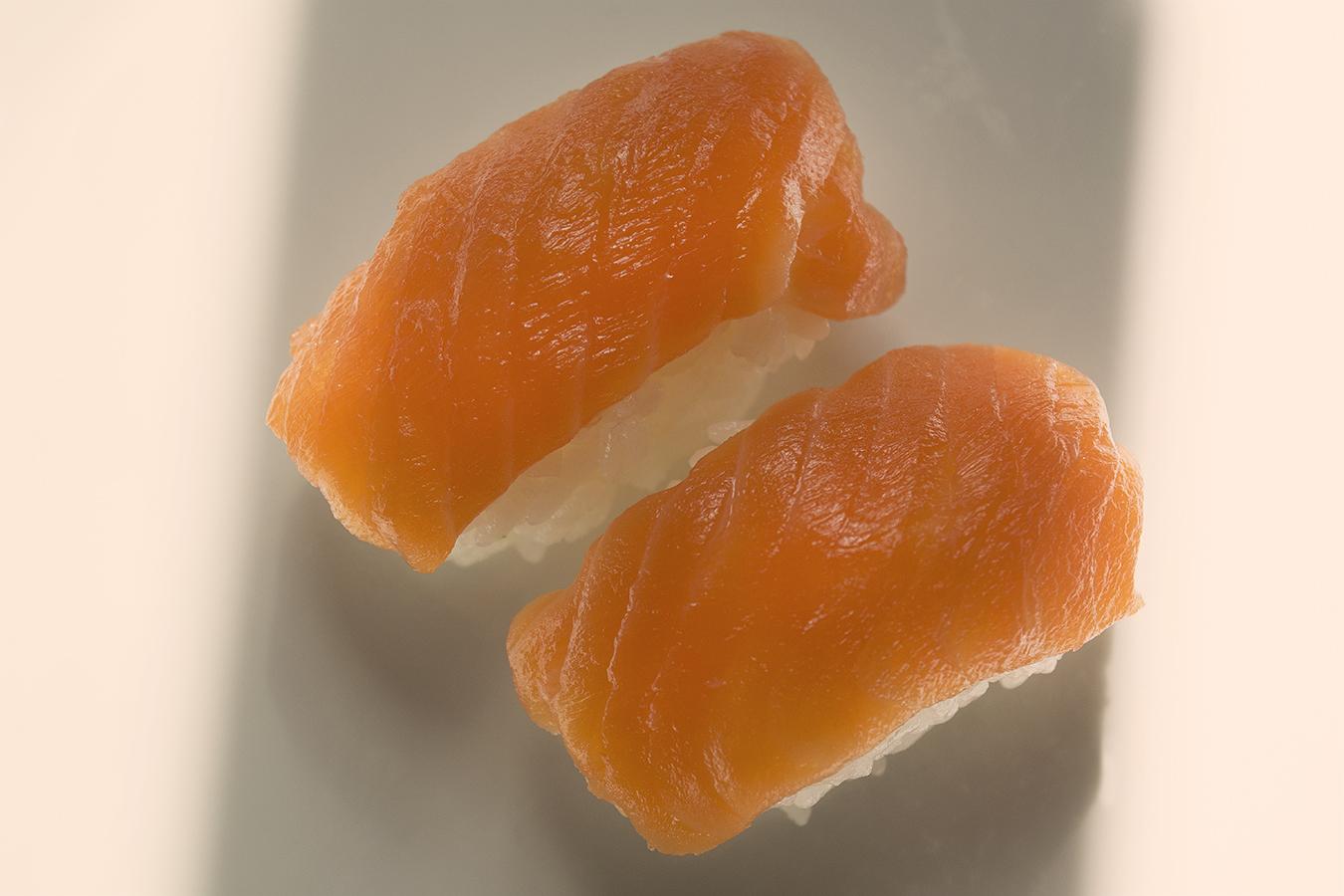 Karen_Liao_still_life_photography_sushi_orange_smooth_salmon