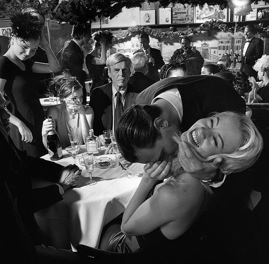 Larry_Fink_George_Plimpton_Vanity_Fair_wedding_party_event_vanity
