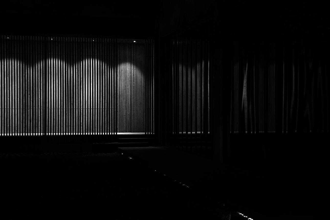 Linda_Ruan_through_the_window_shade_night_view_Xiamen_black_and_white