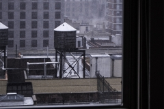 Noel_Zheng_photography_student_upenn_university_of_pennsylvania_Tony_Ward_Studio_New_York_City_travel_photography_manhattan_architecture_window_exterior_water_tower_sky_line_snow_fall_columbia_university_urban_life_though_my_looking_glass