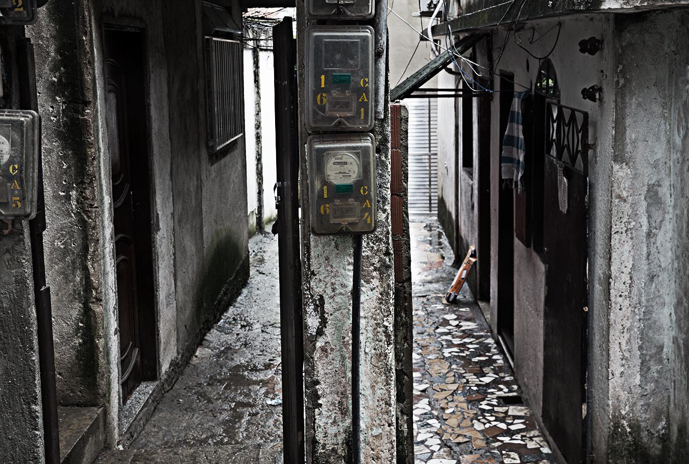 Rongrong Liu_Brazil_Rio De Janeiro_Farvela_1