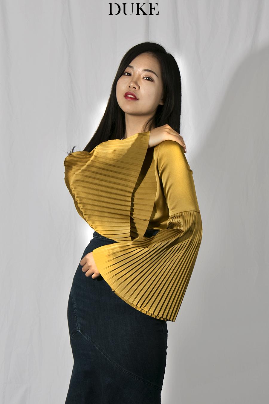 Xiaonan_Chen_fashion_photography_branding_bell_sleeves_DUKE 8