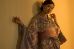 7_Xiaonan_Chen_erotic_photography_asian_kimono_makeup_flowers_lust_red_nails_sex_warm_light