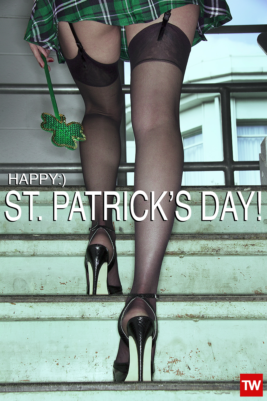 Tony_Ward_Studio_st_Patrick's_day_happy_legs_lingerie_green_sexy_outfits_shamarocks