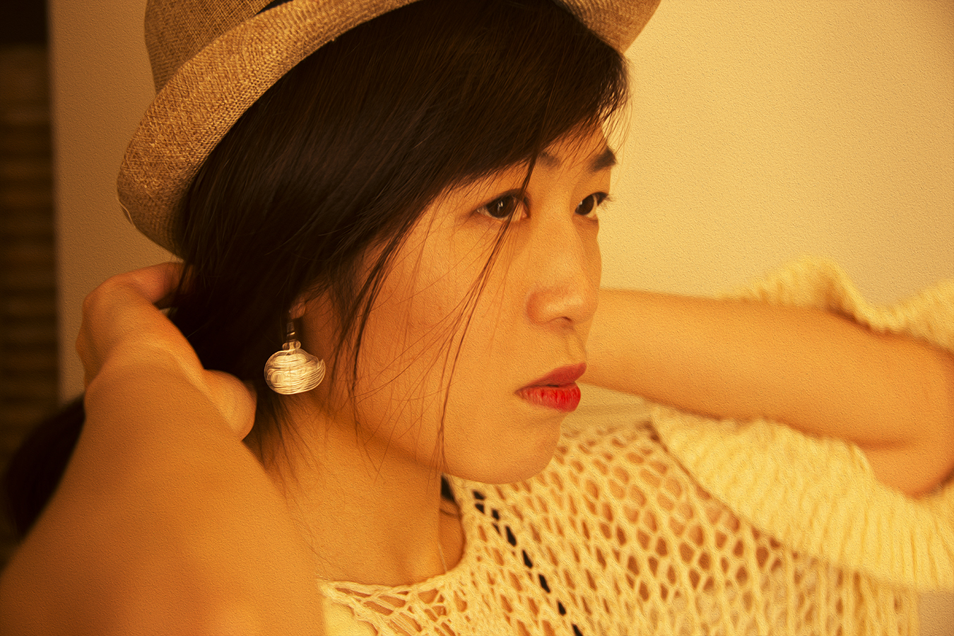 Xiaonan_Chen_fashion_photography_Tony_Ward_Studio_Asian_classy_UPenn_student_fashionable_hat_earrings copy