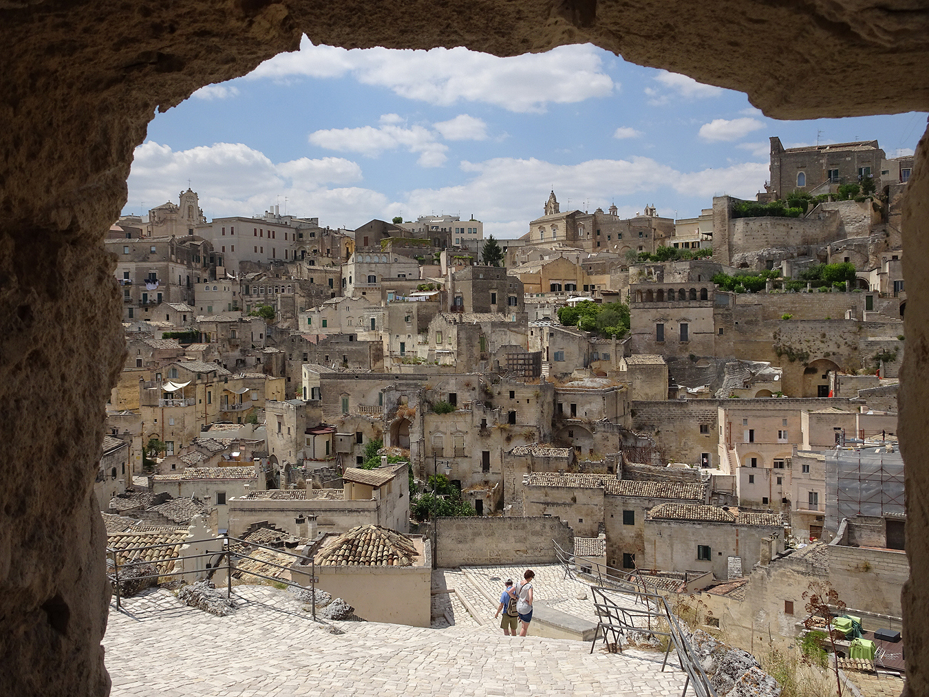 Tony_Ward_Studio_Picture_of_the_Day_Luca_Pioltelli_Italy_old_town
