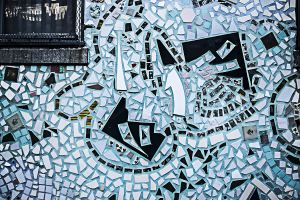 Leniqueca_Welcome_Place_Magic_Gardens_Fragments_Window_Blue_Graphic.jpg