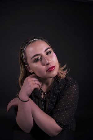 Kelly_Ha_Photography_Upenn_Penn_faces_front_face_Portraiture_portrait_makeup_young_womenkatie_eyes_closed_necklace_jewelry_katie_face_makeup_side_lipstick_katie_hands_fullface_makeup.jpg