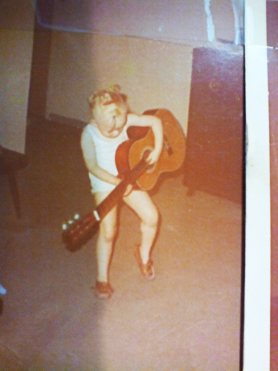 Tony_Ward_Studio_A_H_Scott_father_daughter_fishing_childhood_memories_baby_playing_guitar