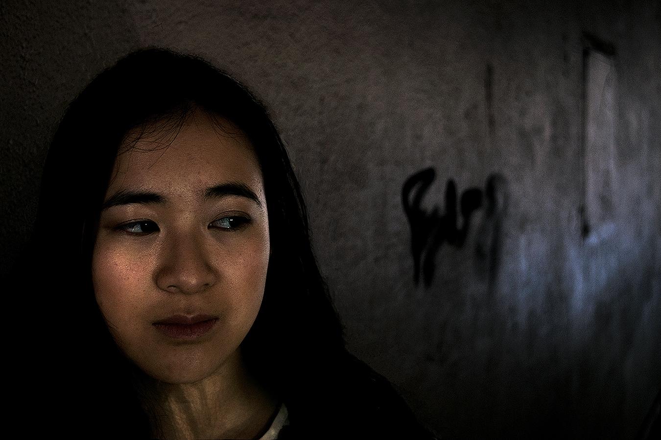 Alexander_Liu_photography_Kathryn_Wang_sad_despair_alley_graffiti_moody_Philadelphia_Upenn_emotions