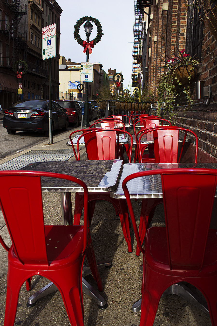 Anni_Liu_Photography_Individual_Project_21_Old_City_Restaurant_Chairs