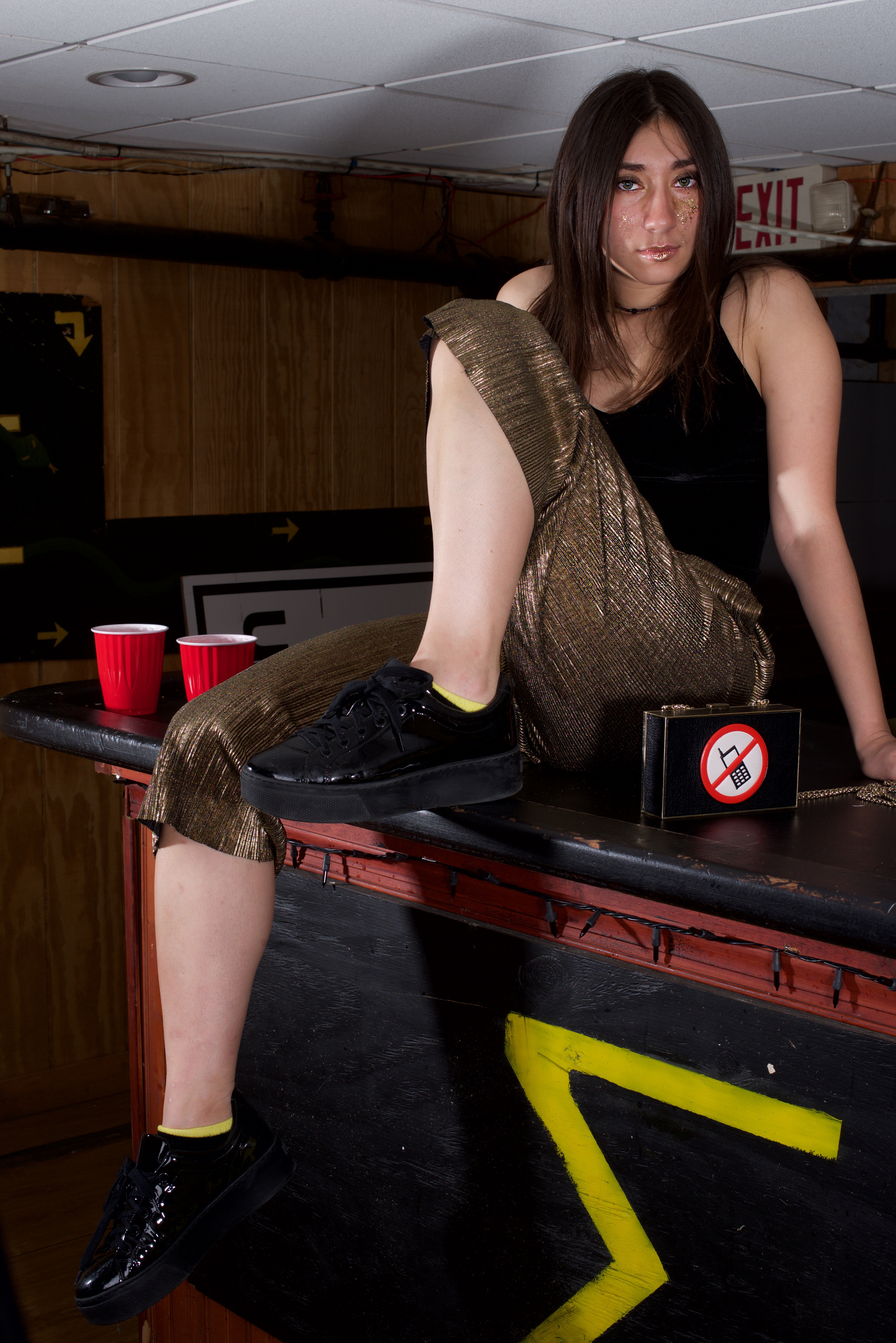 Elizabeth_Beugg_fashion_photography_magazine_editorial_party_wear_sexy_pool_table_photo