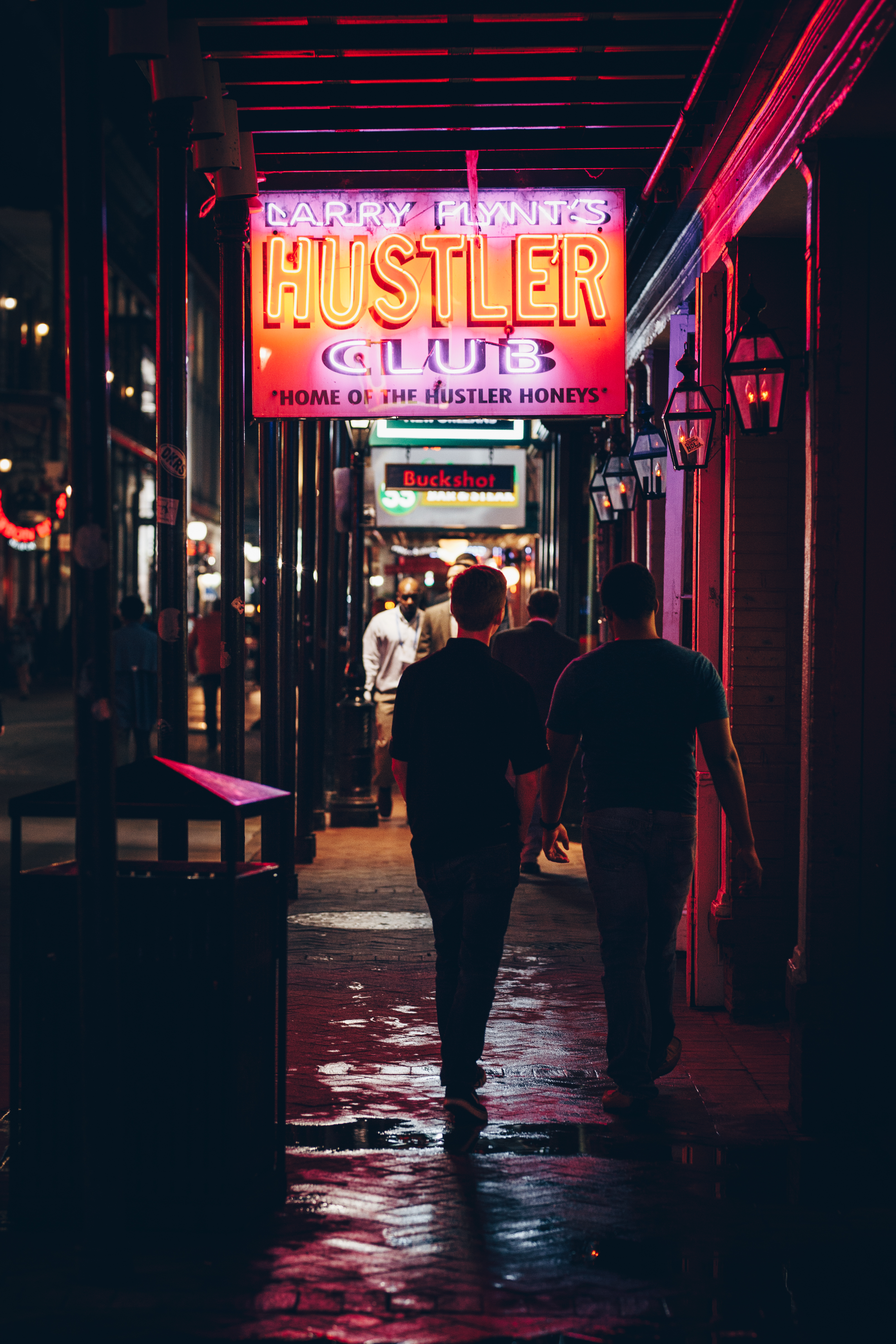 Wing_Hei_Emily_Cheng_Assignment_3_Travel_Photography_New_Orleans_Neon_Lights-5