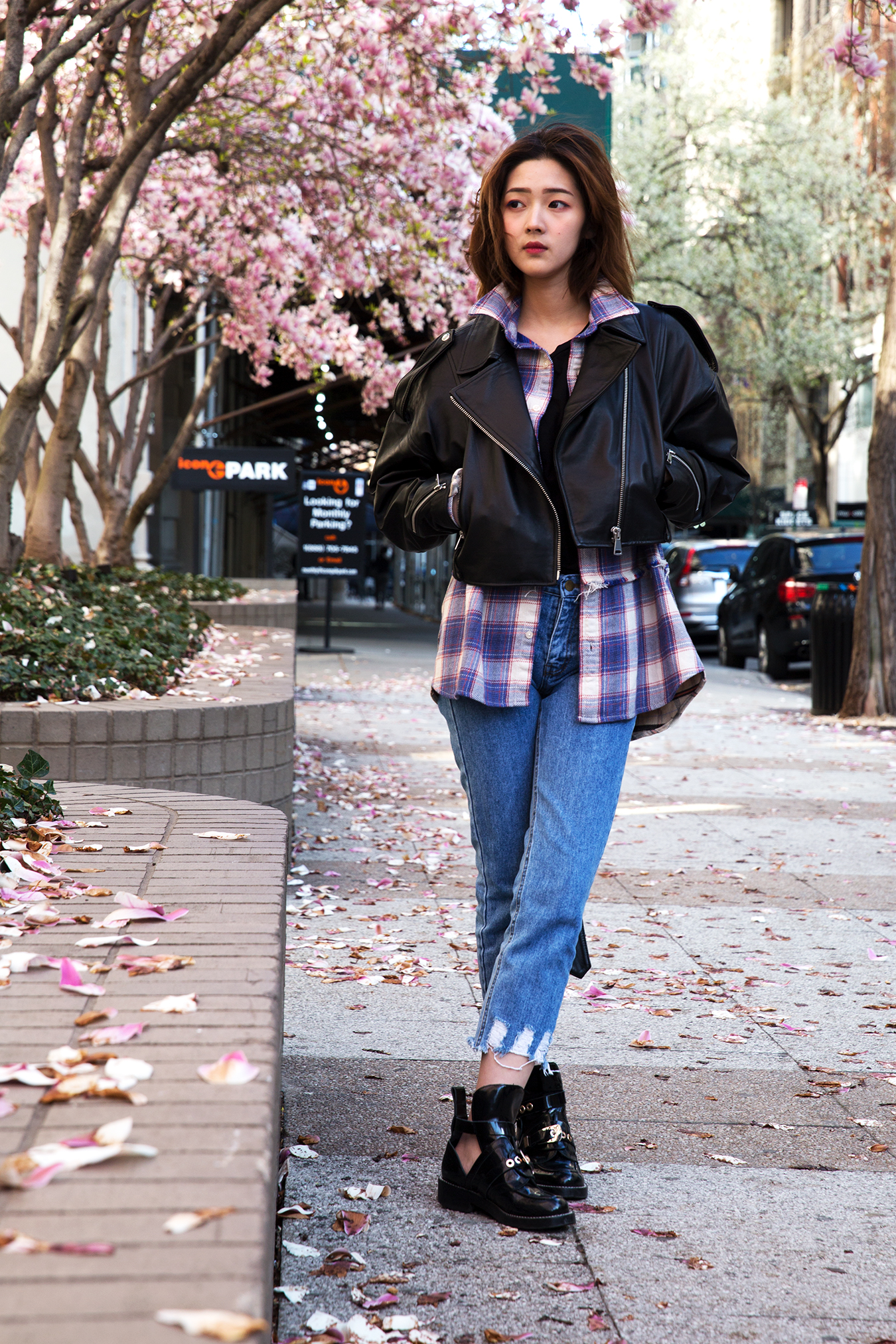 black_jacket_jeans_sakura_new_york