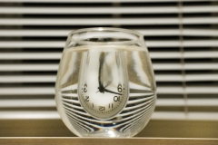 Grace_Tang_Individual_Photography_Water_Glass__Graphic_Clock_05