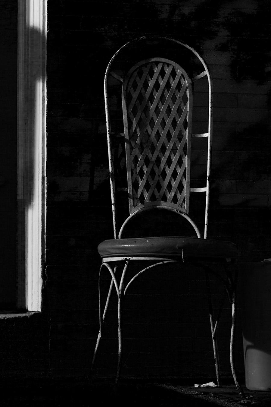 Jesse_Halpern_Still_Life_Poarch_Metal_Chair_Grayscale