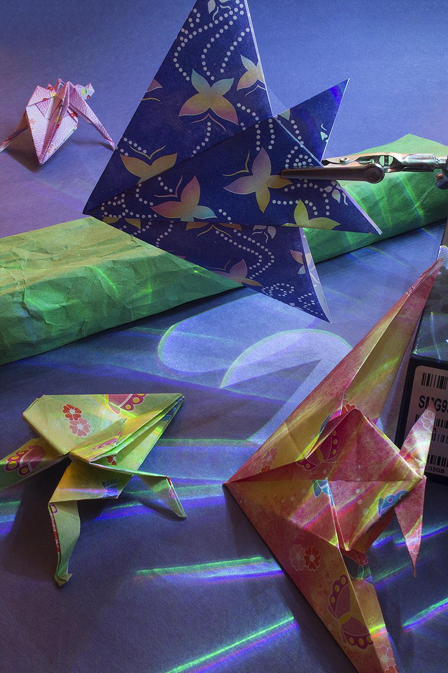 11_Sea_Jonathan_Tang_UPenn_Tony_Ward_Studio_Fish_Frogs_Long_Exposure_Low_Light_LED_Optics_Origami_Paper