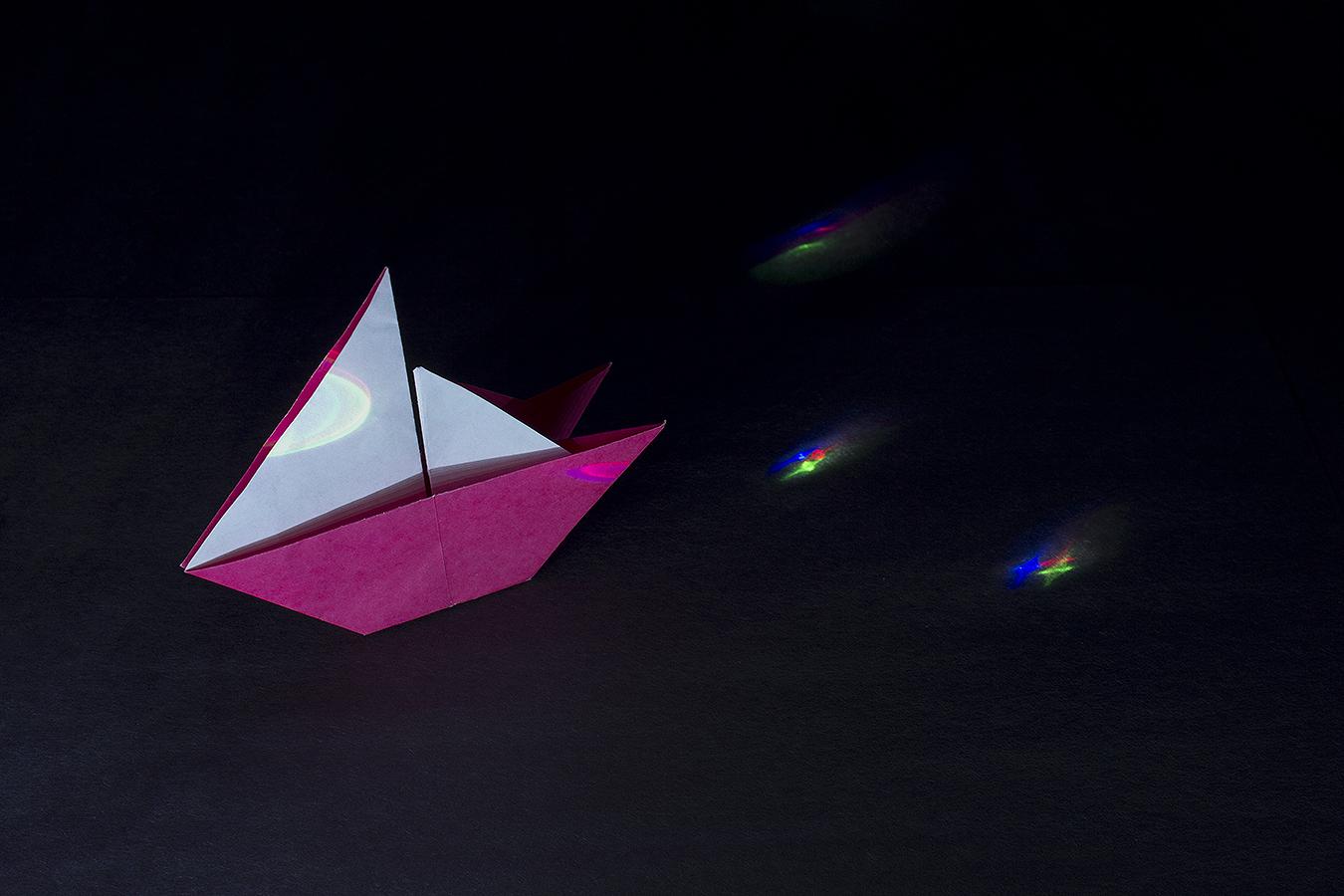 3_Night_Sail_Jonathan_Tang_UPenn_Tony_Ward_Studio_Long_Exposure_Low_Light_LED_Optics_Origami_Paper