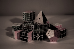 JULIA_CHUN_CUBES_GRAPHIC_FILTER_MOODY_SHAPES