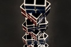 JULIA_CHUN_CUBE_TOWER_GLOSS_CLARITY_REFLECTION_BLACK_HEIGHT_STACK