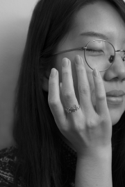 Karen_Liao_photography_homecoming_crystal_portraiture_ring_bitch