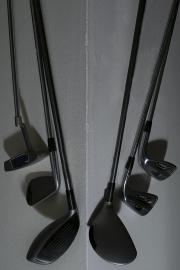 Karen_Liao_photography_homecoming_golf_clubs_metal