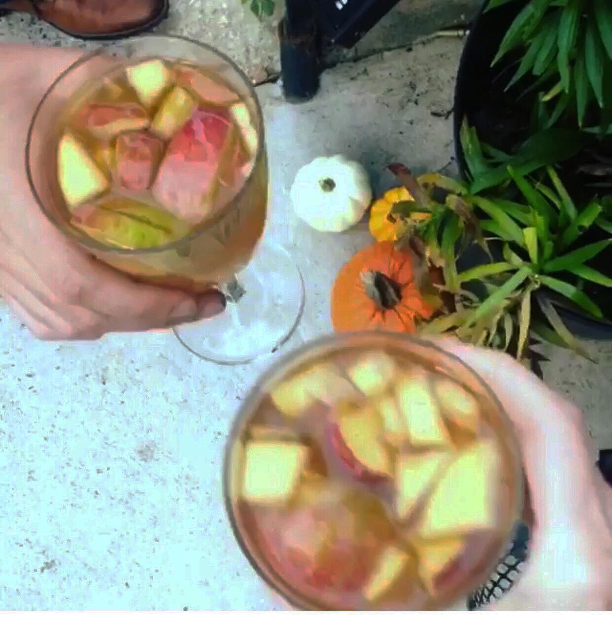 drinks_fruit_happy_hour