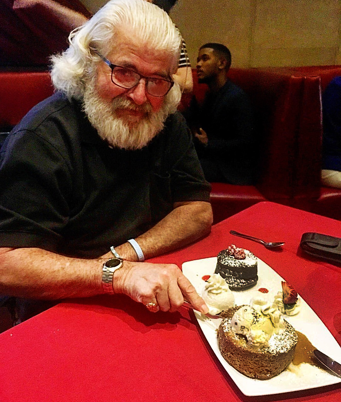 Katie_kerl_mom_hospital_walker_family_love_father_cake_deserts