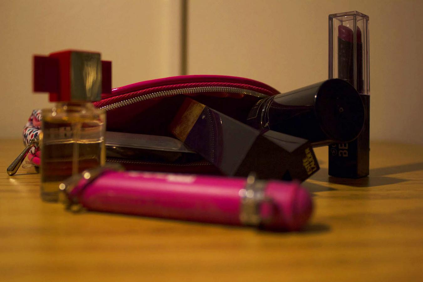 Tony_Ward_Studio_assignment_photographer_Lilibeth_Montero_purse_items_lipstick