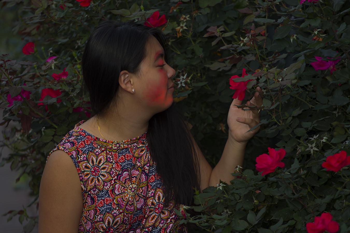 Matt_Garber_portrait_love_emotions_flowers_red_light_girl_outdoors