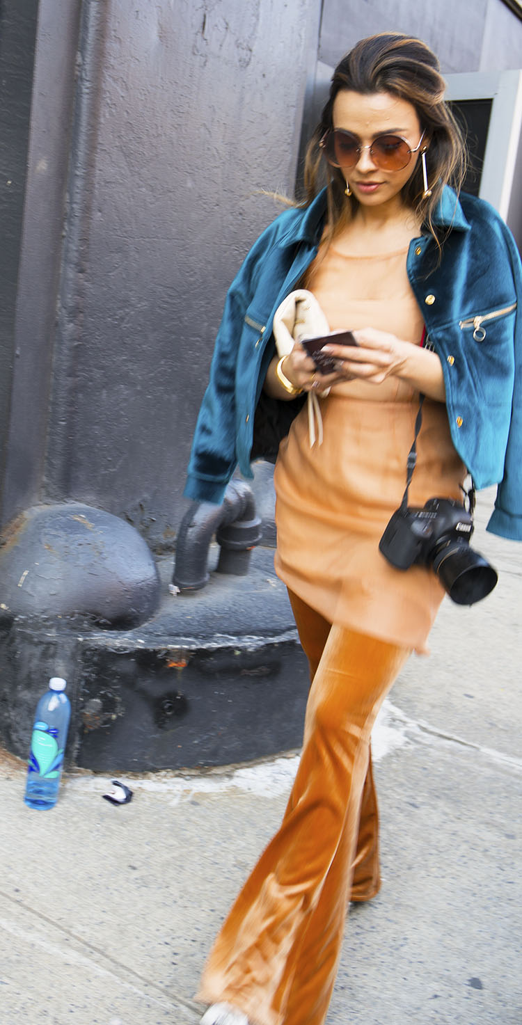 Noa_Baker_street_fashion_photography_new_york_light_jackets