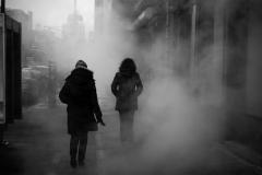 Noel_Zheng_photography_student_upenn_university_of_pennsylvania_Tony_Ward_Studio_New_York_City_travel_photography_black_and_white_snow_fall_manhattan_steam_vent_smoke_mist_urban_life_though_my_looking_glass