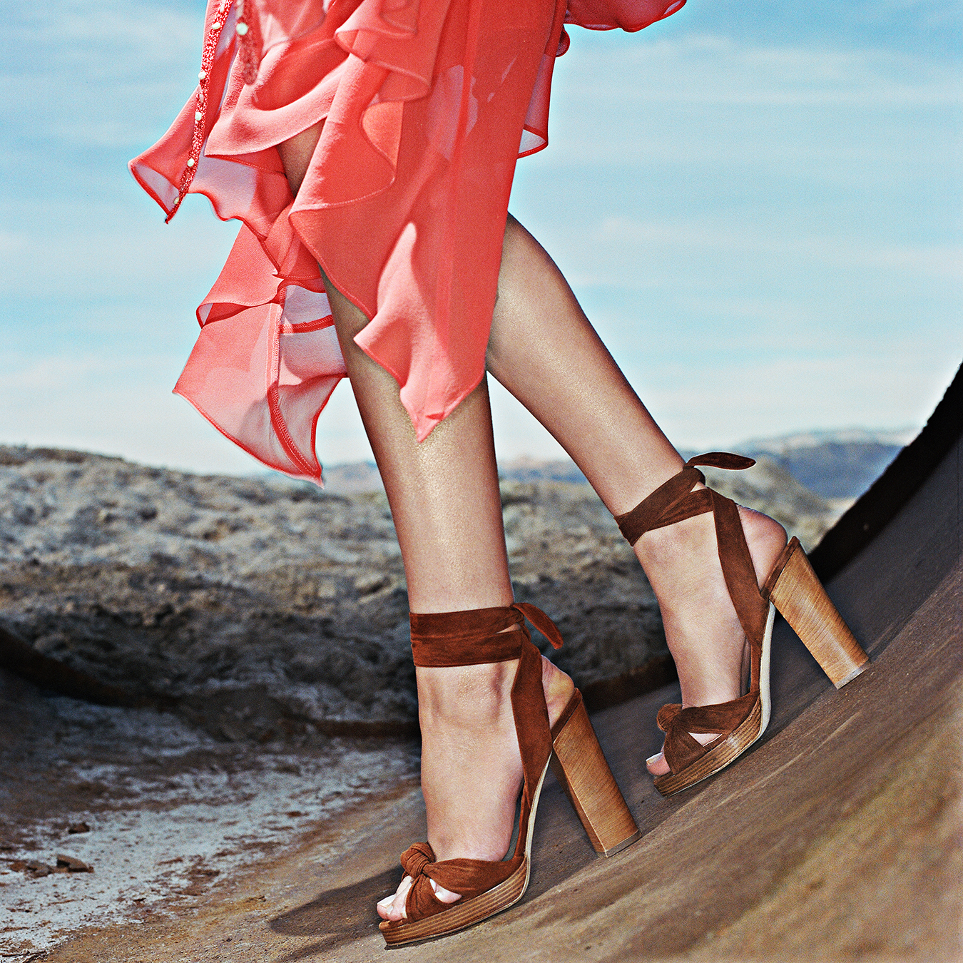 151-NEIMAN_MARCUS_SHOES_RED_DRESS_DESERT_HP_c1452-copy