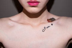 RONGRONG_LIU_EROTICA_COINS_TATTO_COLLARBONE TRICKS
