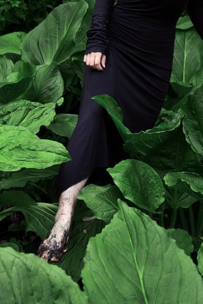 Sharon_Wang_Wild_at_Heart_portraits_of_youth_plants_mud-min