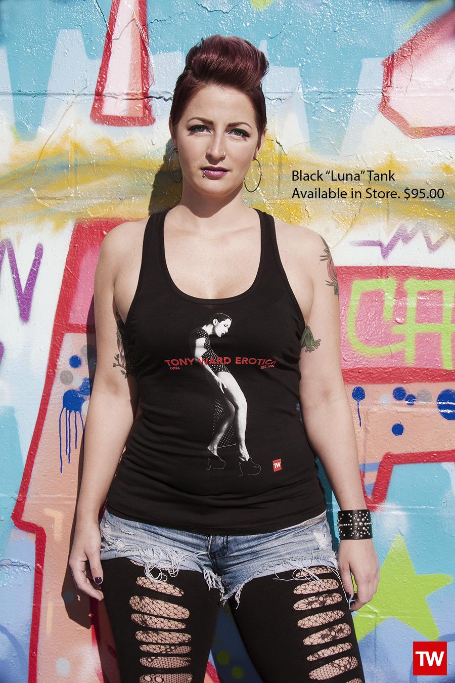 Tony_Ward_Studio_e_commerce_store_t-shirts_black_Luna_tee_sale_model_Mindy