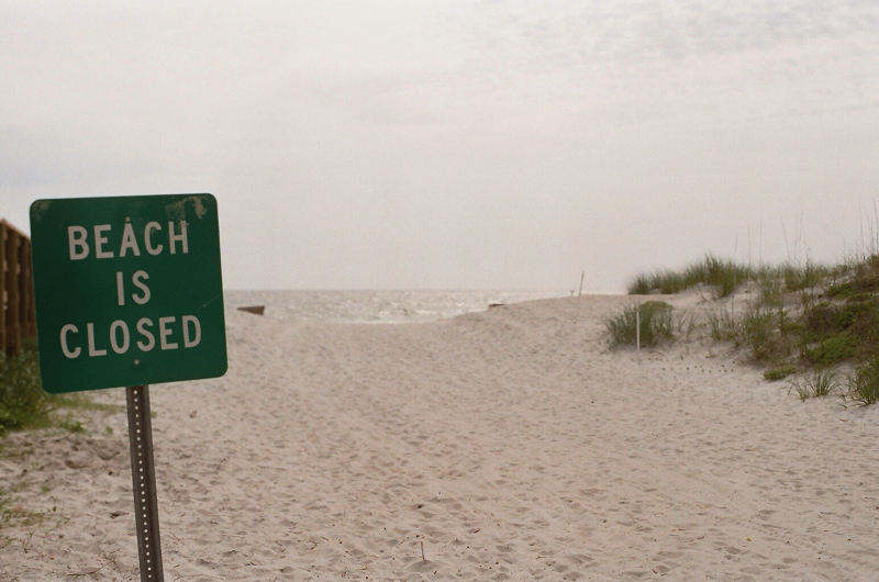 Beach_Is_Closed