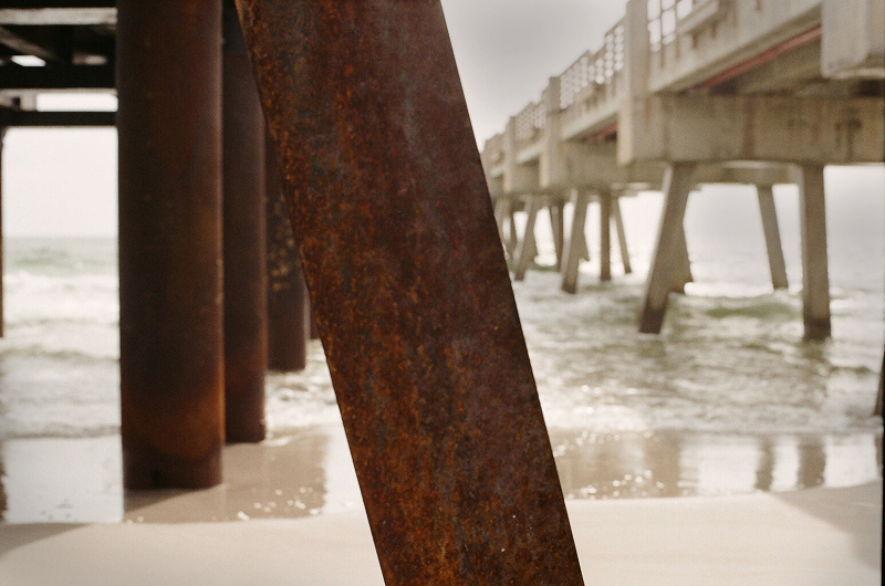 Rusty_Pole_Beach