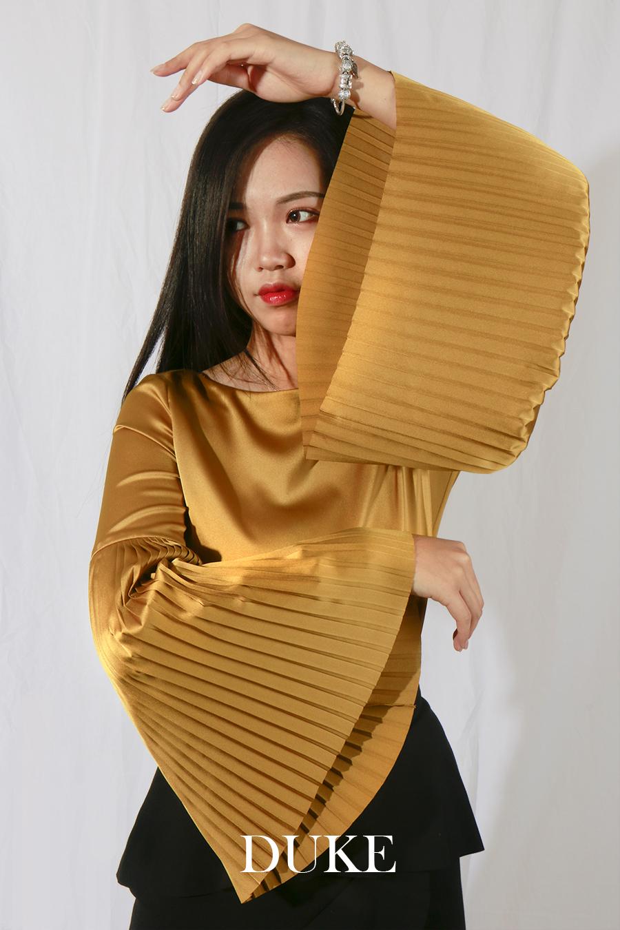 Xiaonan_Chen_fashion_photography_branding_bell_sleeves_DUKE 2