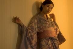 7_Xiaonan_Chen_erotic_photography_asian_kimono_makeup_flowers_lust_red_nails_sex_warm_light