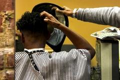 Yash_Killa_Barbershop_Haircut_Salon_FinalCheck_Mirror