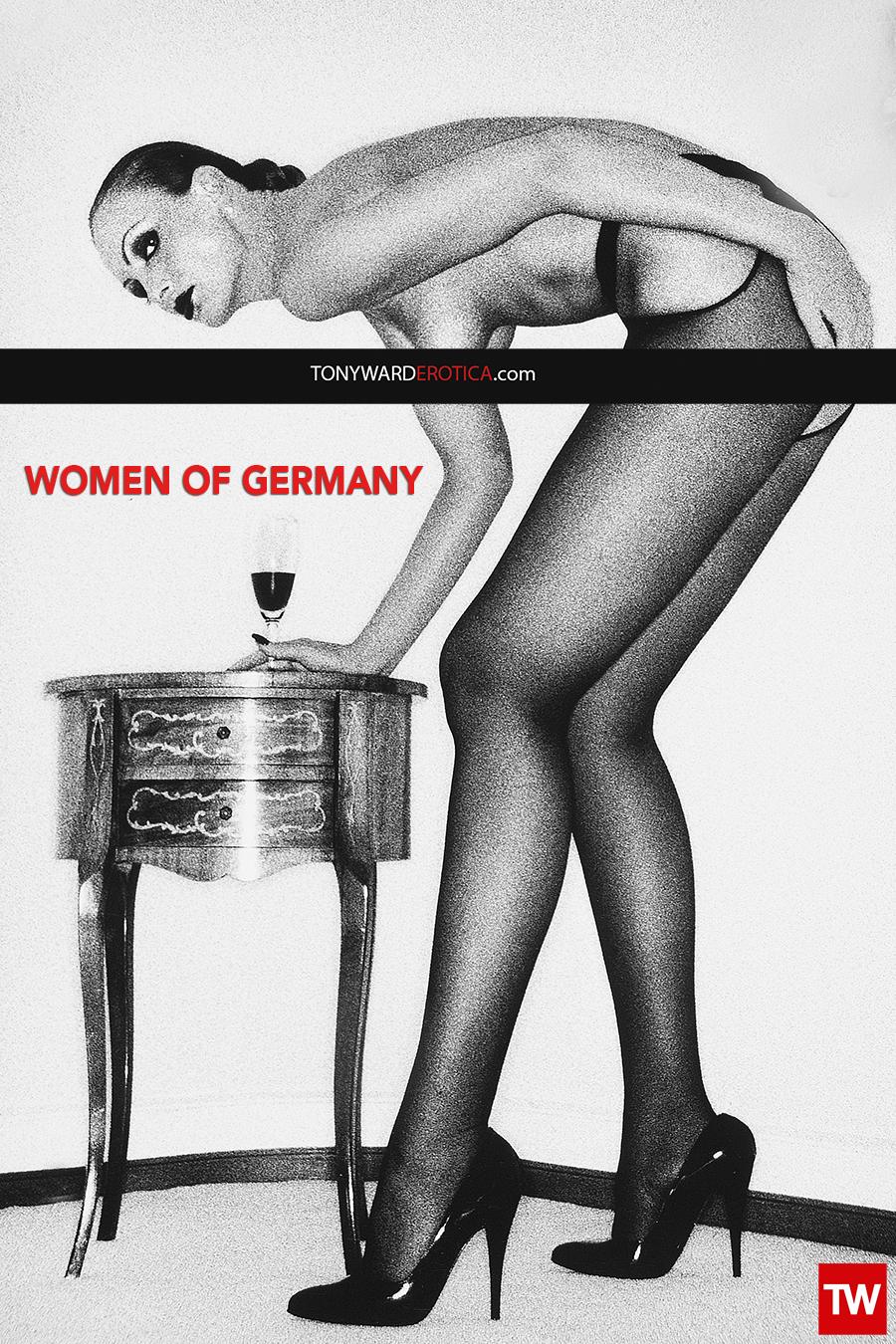 Tony_Ward_Erotica_Photography_Women_Germany_nudeS_models_Nicole_Shoeber_fashion