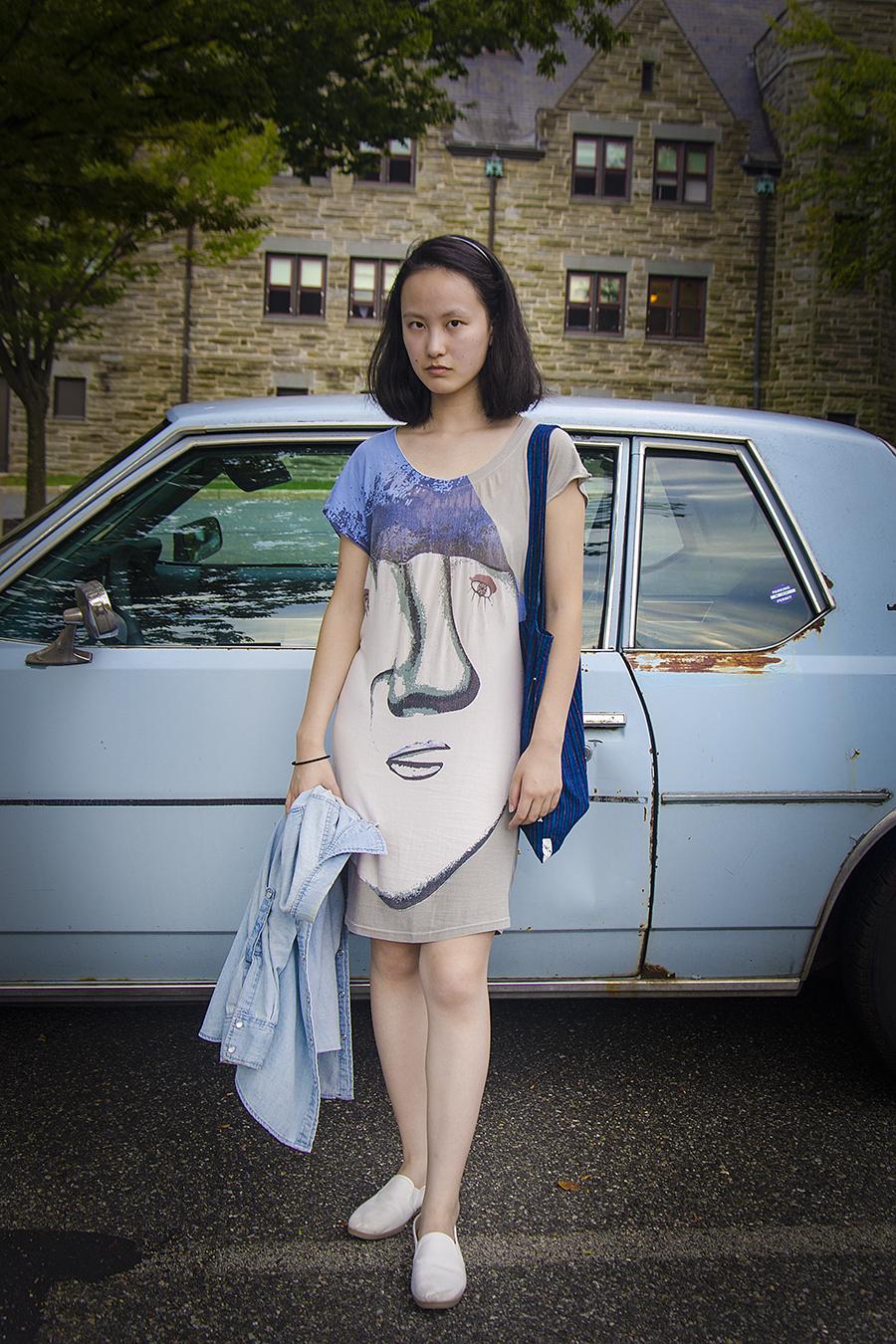 Jingwen_Felix_Qiang_Photography_Beth_Tang_Blue_Dress_Environmental_Portraiture