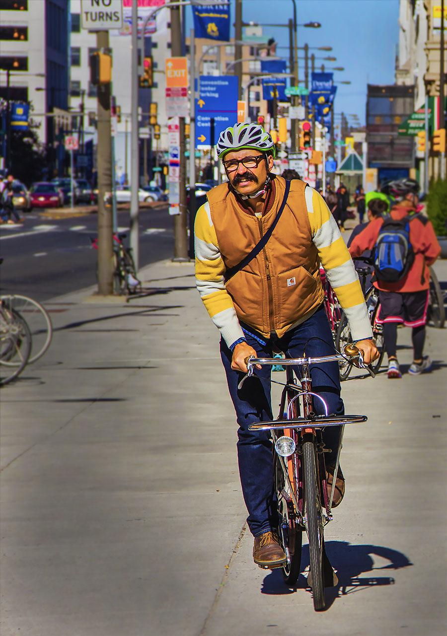Bojing(Irene)_Fu_2015-Philly-Bike-Expo-biker-color